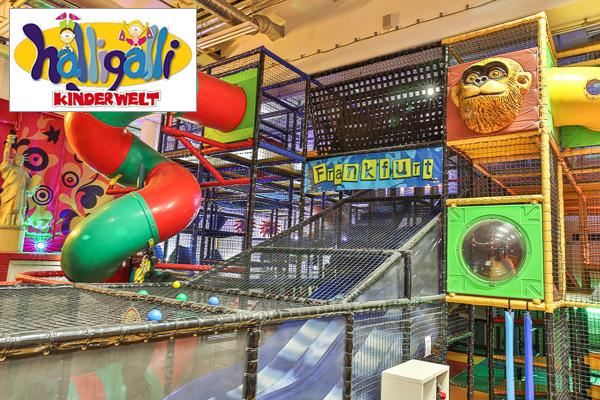 Google Street View Maps Business Fotograf 360 Grad Panorama 360° Fotografie Indoor Spielplatz Halligalli Frankfurt MyZeil